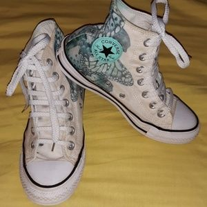 d5fb6d6c713f Converse. Converse CTAS Chucks All-Stars Butterflies Shoes6